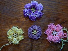 Allison's Tatted Lace : Frilly Roses