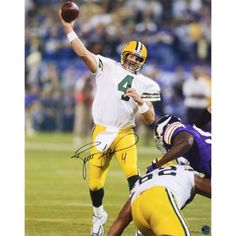 Add this Brett Favre Green Bay Packers autographed photograph to your office to relive the TD pass against the Minnesota Vikings.