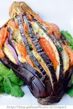 Melanzane farcite al forno ricetta sfiziosa, melanzana saporita, ricetta facile, secondo o piatto unico, idea per il pranzo, cena, ricetta leggera, piatto unico
