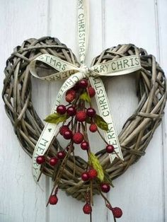 Heart Christmas wreath....would also make a cute Valentine's wreath with a few changes.