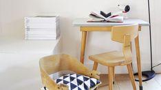 Peindre un meuble : 15 erreurs à éviter - Côté Maison Dining Chairs, Projects To Try, Desk, Furniture, Home Decor, St Max, Parfait, Vintage, Raw Furniture