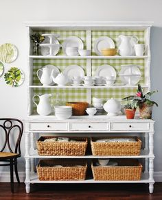 Love this for a dining room and white china :)