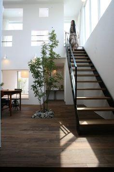 階段は主役級!? の画像|RYO'S Sturdy Style private blog