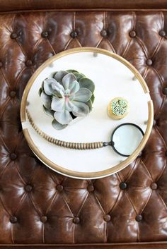 Click to see my home reveal, and shop the story! #FrontRoe #LouiseRoe