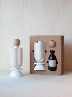 Neue Skulpturen für dein Zuhause - Newniq Interior Blog - Design Blog Perfume Tommy Girl, Perfume Good Girl, Chloe Perfume, Diy Fragrance, Fragrance Parfum, Zara Fragrance, Creed Fragrance, Diffuser, Ceramic Art