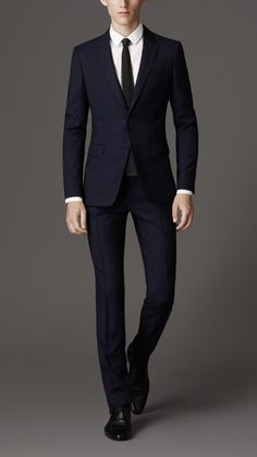 Slim Fit Travel Tailoring Wool Sharkskin Suit | Burberry