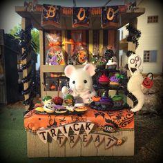 miniature halloween stall