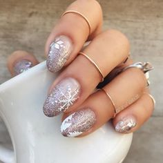 Winter nails at their finest. | 19 Gorgeous Nail Art Designs That Will Make You Feel Christmassy