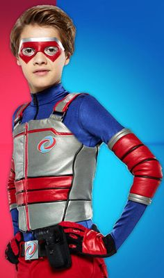 Henry Danger costume DIY tips and tricks for your bubble gum chewing sidekick& Halloween costume. This low-sew tutorial is perfect for parents who aren& great with a sewing machine, but still want to help Kid Danger fight crime this Halloween. Henry Danger Nickelodeon, Nickelodeon Shows, Nickelodeon Girls, Jason Norman, Henry Danger Jace Norman, Family Costumes, Diy Costumes, Henry Danger Costume, Capitan Man