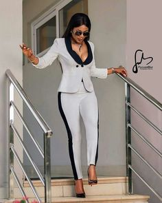 2020 Interesting Office Outfits for the Boss Ladies - Vincisjournal, - Formal Classy Work Outfits, Summer Work Outfits, Office Outfits, Work Casual, Chic Outfits, Fashion Outfits, Casual Office, Fashionable Outfits, Office Wear