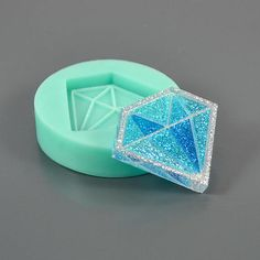 Diamond-shaped flat form 41x35x5 mm  Silicone mold  Form for