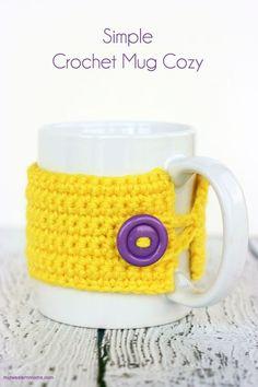 Simple Crochet Mug Cozy. Free crochet pattern. Perfect to keep your coffee or tea warm.