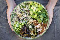 Food: Eleven More Super Good Quinoa Recipes (via Green Kitchen Stories at Moroccan Quinoa Salad) Quinoa Salad Recipes, Vegetarian Recipes, Healthy Recipes, Easy Recipes, Lunch Recipes, Clean Eating, Healthy Eating, Healthy Food, Healthy Cooking