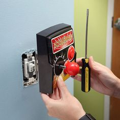 Interruptor eléctrico friki...