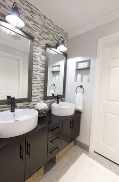 Master Bathroom! Don't like the sinks but love everything else!
