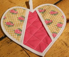 tutorial for heart shaped potholders
