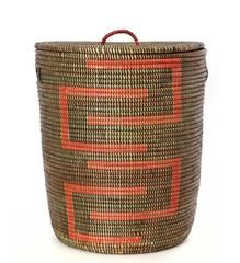Who says laundry has to be boring? This laundry hamper was handwoven by an association of more than 100 rural Wolof women in the West African nation of Senegal. Makeup Room Diy, Modern Baskets, African Theme, Batik Pattern, Rattan Basket, Laundry Hamper, Vintage Textiles, Hand Weaving, Medium