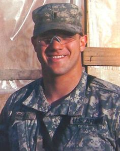 Umbrell Died May 2007 Serving During Operation Iraqi… Fallen Soldiers, Fallen Heroes, Real Hero, My Hero, Fort Richardson, Who Is A Veteran, Shot Put, Iraq War, Fight For Us