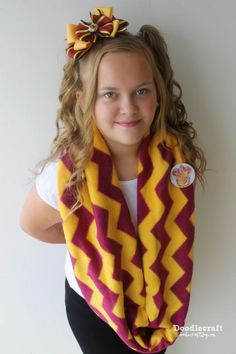 Gryffindor-Inspired Infinity Scarf Tutorial | This Harry Potter-inspired project is perfect for wizards and Muggles!