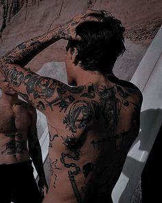 Bad Boy Aesthetic, Couple Aesthetic, Book Aesthetic, Character Aesthetic, Aesthetic Pictures, Aesthetic Indie, Boy Tattoos, Tattoos For Guys, Estilo Dandy