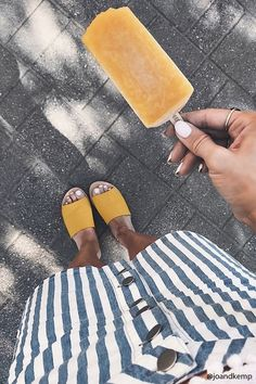Fantastic summer slide,square toads and ratan shoes to inspire you