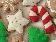PDF Pattern for Felt Gingerbread Christmas Ornaments image 6 Christmas Ornament Template, Christmas Templates, Christmas Ornaments To Make, Handmade Christmas, Christmas Felt Crafts, Christmas Cookies, Christmas Tree, Decorations Christmas, Felt Decorations