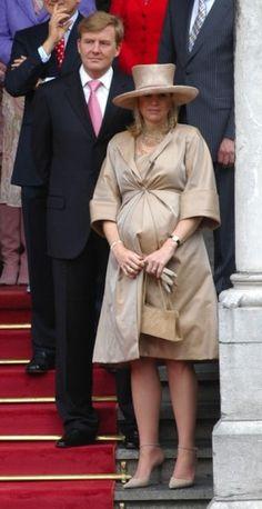 30 april 2005 - Den Haag en Scheveningen - Máxima op Koningsdag  - Nieuws - Fashion