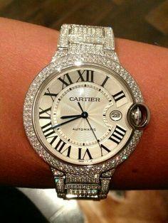 Precioso reloj de Cartier. Un lujo.