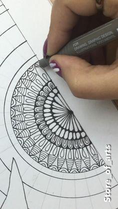 Easy Mandala Drawing, Mandala Doodle, Mandala Art Lesson, Doodle Art Drawing, Mandala Artwork, Zentangle Drawings, Doodles Zentangles, Dot Art Painting, Painting & Drawing