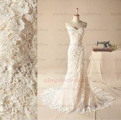lace wedding dress sheath wedding dress sweetheart von Simpledress, $219.99 (in hellgrün?!)