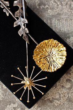 Dandelion serving set by Michael Aram Bane Of My Life, Spa Services, Modern Shop, Dandelions, Fine Dining, Gift Baskets, Home Art, Wedding Venues, Unique Gifts