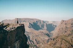 Eine Reise in den #Oman geplant? Wir haben alle #Insidertipps & #Sehenswürdigkeiten für euren Oman #Urlaub gesammelt. Alle Infos auf www.lilies-diary.com Istanbul, Wanderlust, Monument Valley, Grand Canyon, To Go, Nature, Travel, Mountain Range, Hiking Trails
