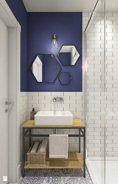 Z indygo - Mała łazienka w bloku bez okna - zdjęcie od WERDHOME