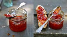 Využijte čerstvé suroviny, které jsou v letním období k dispozici. Mít v zimě doma zásoby zavařených marmelád, omáček a naložené zeleniny se jistě vyplatí! Marmalade Jam, Homemade Jelly, Tomato Jam, Brunch, Food And Drink, Fresh, Vegetables, Cooking, Breakfast