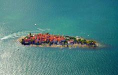 Isola dei Pescatori, Lago di Maggiore, Italy