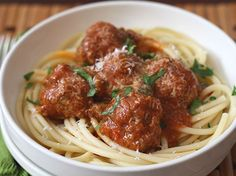 I made original italian tomato sauce with penne, and meatballs Baby Food Recipes, Mexican Food Recipes, Italian Recipes, Ethnic Recipes, Italian Foods, Italian Meatballs, Spaghetti And Meatballs, Italian Tomato Sauce, Venezuelan Food