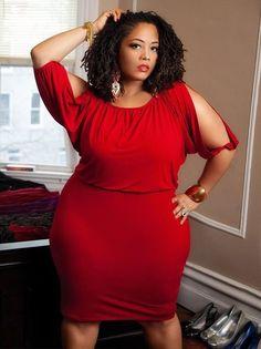 bigbeautifulblackgirls: This is singer Rajdulari Barnes. Look her up ,she is Fabulous!!!