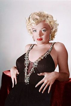 Marilyn Monroe by marie