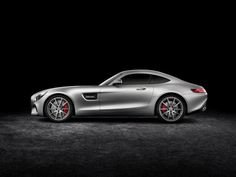 Modern Retro Cars The Mercedes Amg Gt S Is A 503 Hp Land Missile Aimed At Porsche