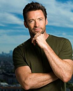 Hugh Jackman is a 44 year old actor from Australia. He played in Real Steel, Les Miserables (with Amanda Sefried and Anne Hathaway), and The Wolverine. He is married to Deborra-Lee Furness. Hugh Jackman, Hugh Michael Jackman, Hugh Wolverine, Photo Souvenir, Hottest Male Celebrities, Celebs, Australian Actors, Ideal Man, American Actors