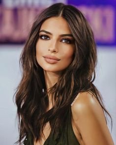 Beauty Makeup, Hair Makeup, Hair Beauty, Tumbrl Girls, Natural Makeup Looks, Brunette Beauty, Woman Face, Beautiful Eyes, Dark Hair