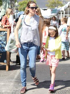 Devoted mom: Jennifer Garner enjoyed quality time with her youngest daughter Seraphina on Sunday