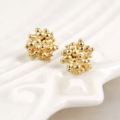 $198 // 14k tiny bubble earrings by yayoi forest