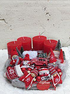 Winter Christmas, Christmas Trees, Christmas Ornaments, Couronne Diy, Tiny Treasures, Easter Wreaths, Diy Wreath, Advent, Centerpieces