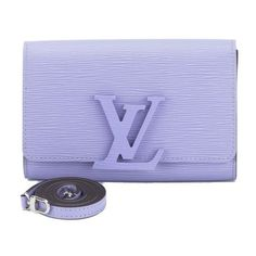 Pre-Owned Louis Vuitton Lilac Epi Louise Shoulder Bag ($2,109) ❤ liked on Polyvore featuring bags, handbags, shoulder bags, blue, metallic shoulder bag, shoulder bag purse, louis vuitton purses, metallic handbags and preowned handbags