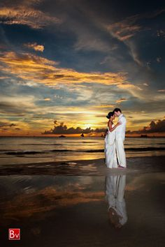 Beach wedding photography setting - sunset - gorgeous! @Pamela Culligan Culligan Culligan Hichens Klein
