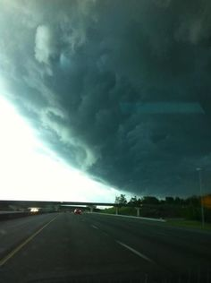 Cloud appeared over Grant's Mill in B'ham, AL in April 2012. ---wow, that's one scary looking cloud!