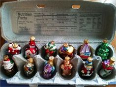 DIY Your Life: Don't Toss It -- Reuse It! Egg cartons for ornament storage. Christmas Holidays, Christmas Bulbs, Christmas Decorations, Christmas Toys, Holiday Decorating, Ornament Storage, Holiday Storage, Xmas Ornaments, Vintage Ornaments