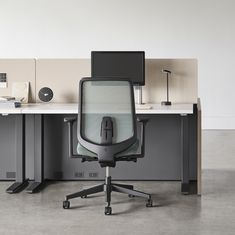 Verus From Hermanmiller Redefines What An Affordable Work Chair Can Be Efficiently Designed And Engineered To Assure Er In 2020 Work Chair Office Chair Office Design