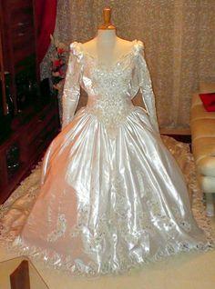 Robe de mariée perlée de style princesse - Yvelines